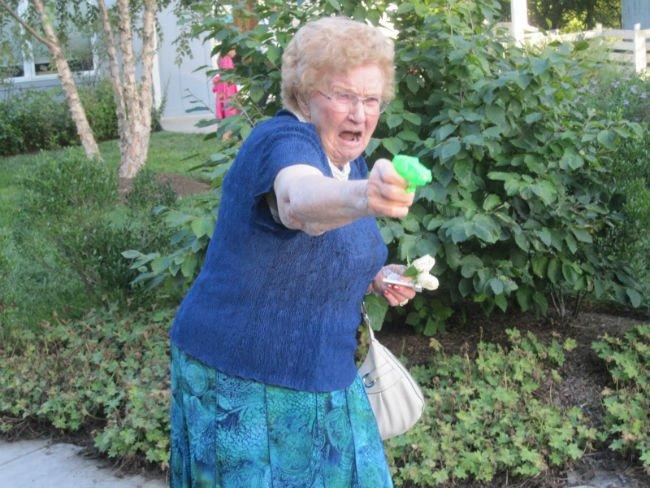 grandma-with-a-gun-photoshop-battle-1