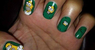 Homer in the hedge nails