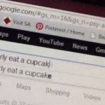 How To Properly Eat A Cupcake – Vine / Gif