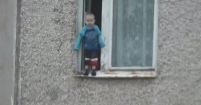 Russian baby checks out view from his window – gif