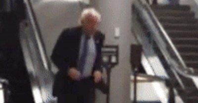 Bernie Running – gif